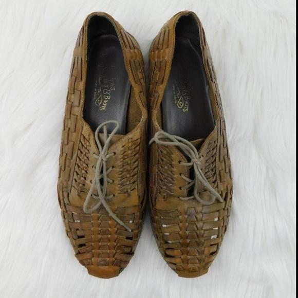 43e930c0bf0 Levi s Vintage Mens Woven Leather Shoes